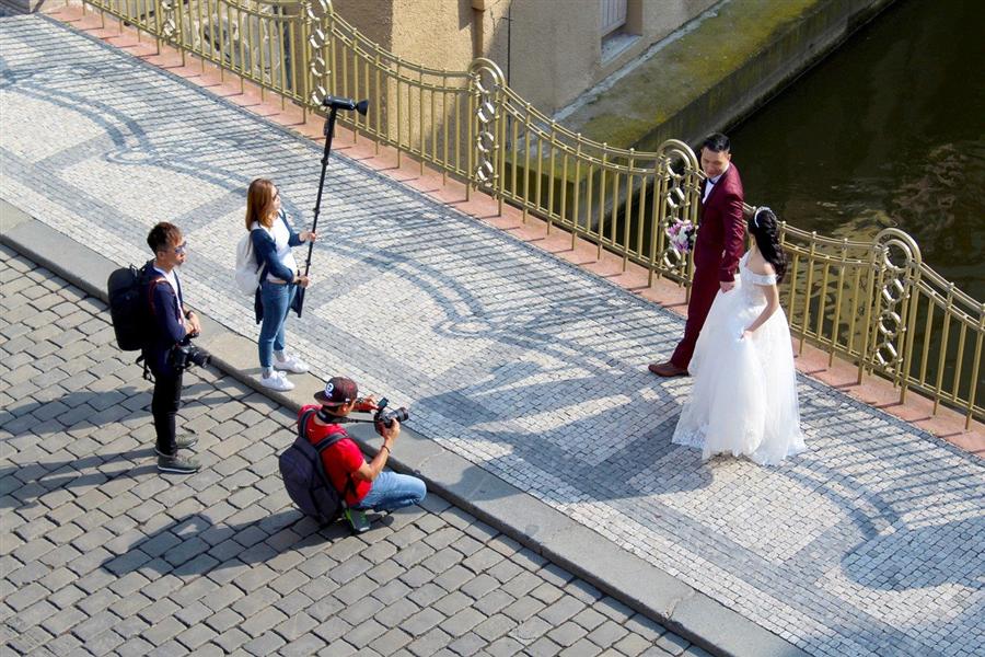 4 qualités indispensables chez un photographe spécialisé en photos de mariage