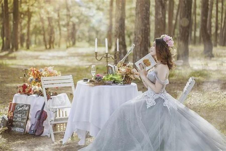 Comment choisir une robe de mariée princesse en 2021 ?