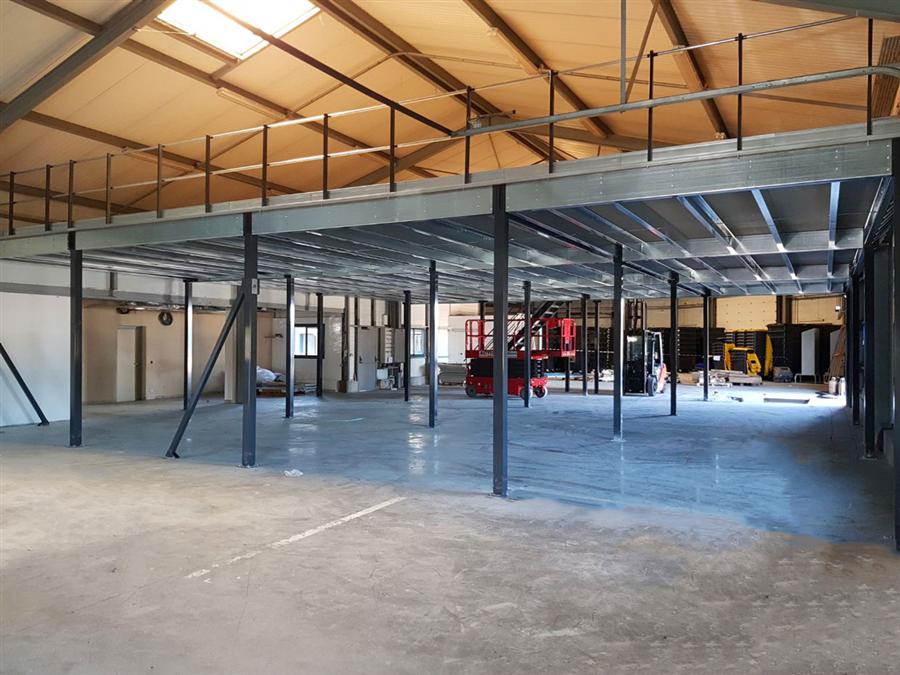 Optimiser votre espace de stockage grâce à une mezzanine industrielle